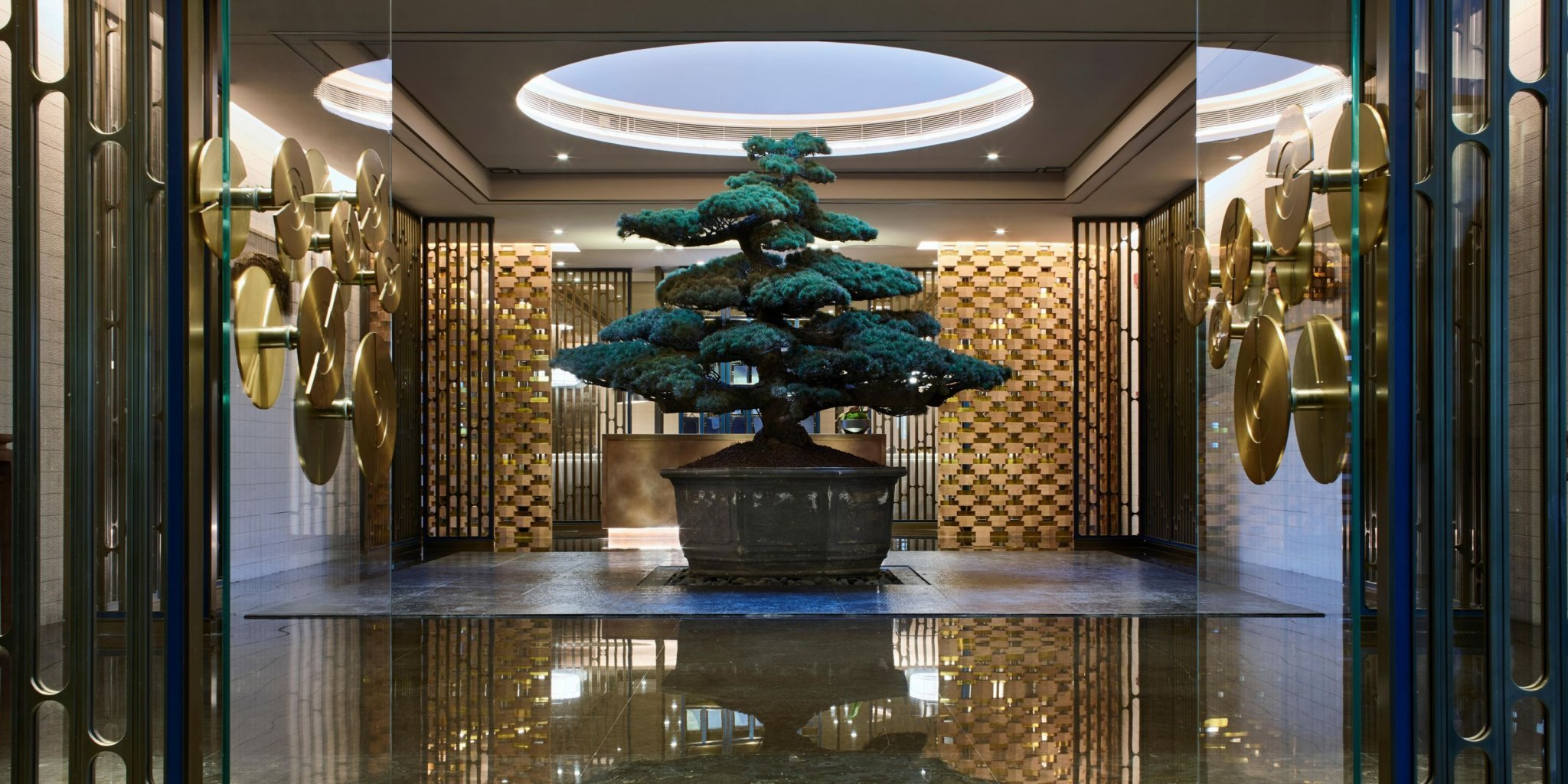 intercontinental-shanghai-5803482942-2x1