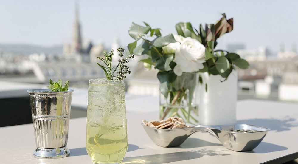 The Ritz-Carlton, Vienna_Atmosphere Rooftop Bar_03
